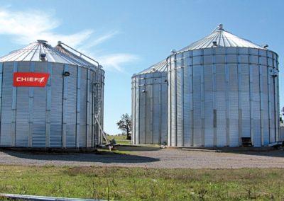 chief farm bins